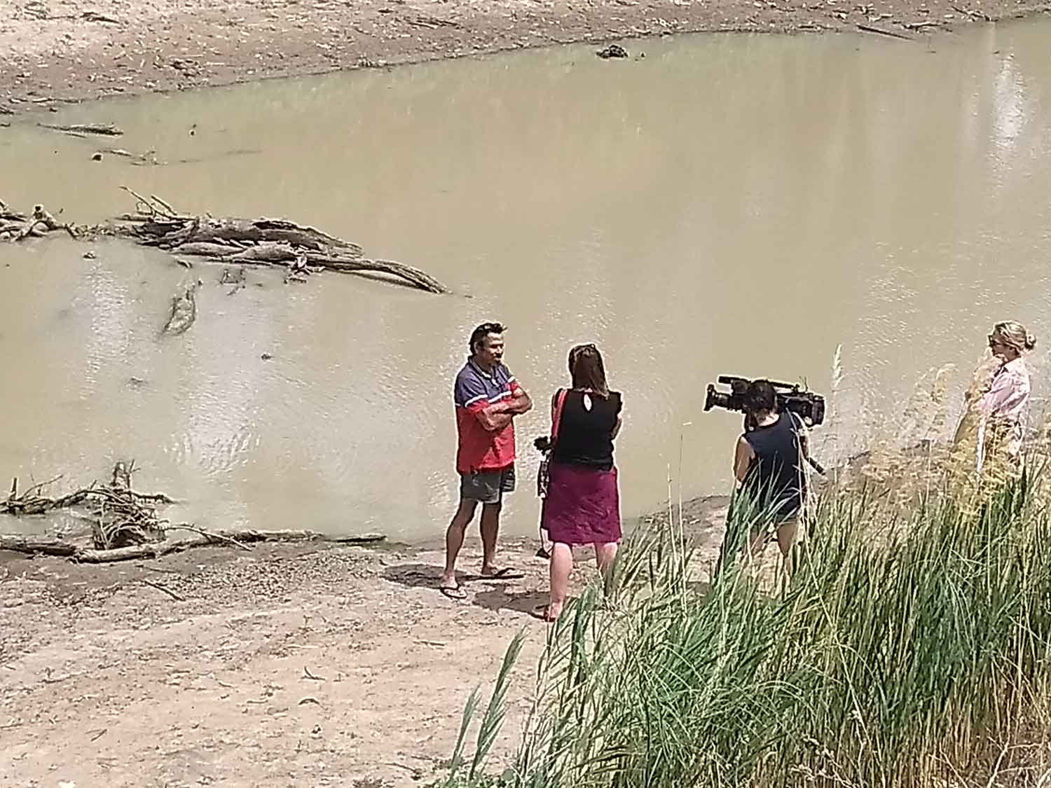 DEG's Ricky Townsend contributed to Rachel Carbonell's ABC news stories about DEG's concerns regarding water mismanagement and health impacts of being forced onto Great Artesian Basin water supply.